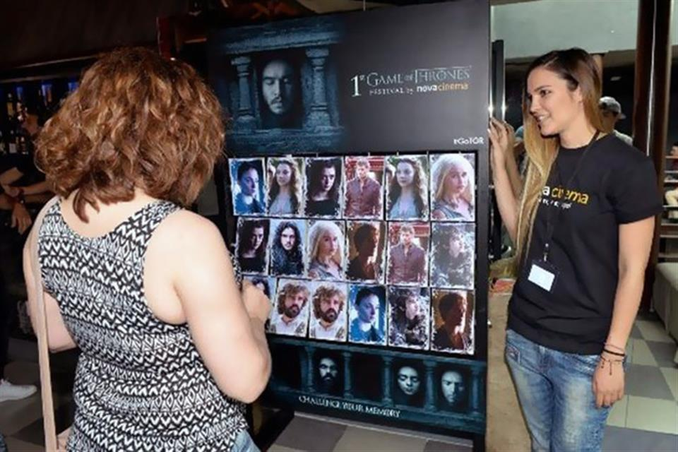 Memory Game of Thrones by airgame