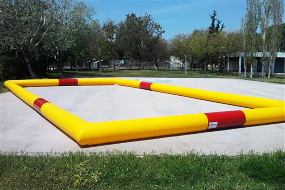 Inflatable barrier by airgame