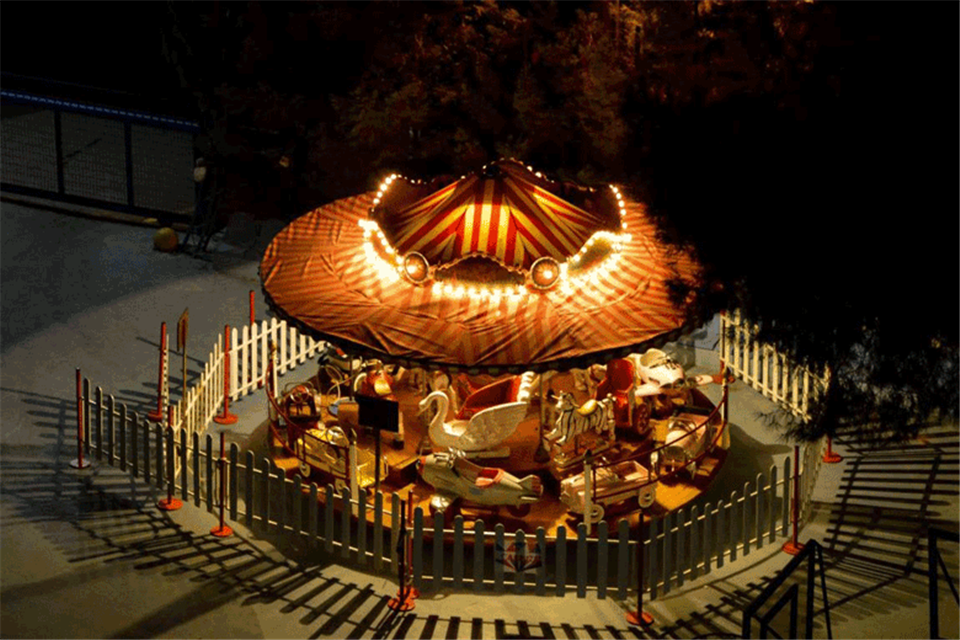 Carousel 20p. nightview by airgame